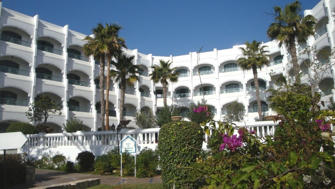 Hotel (nie)idealny